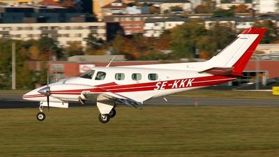 SE-KKK - Beechcraft B60 Duke - Private