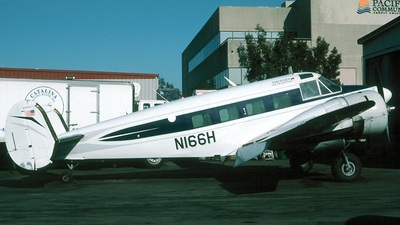 N166H - Beech E18S - Catalina Flying Boats