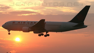 C-FBEM - Boeing 767-233(ER) - Air Canada
