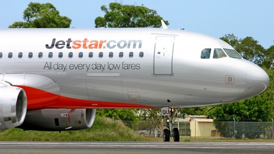 VH-VQU - Airbus A320-232 - Jetstar Airways