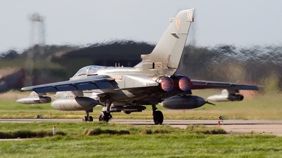 ZA595 - Panavia Tornado GR.4 - United Kingdom - Royal Air Force (RAF)