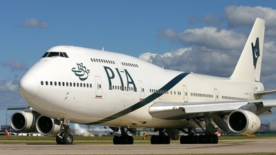 AP-BFV - Boeing 747-367 - Pakistan International Airlines (PIA)