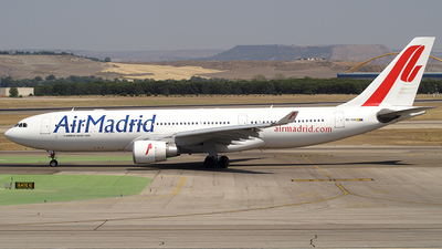 EC-IYN - Airbus A330-202 - Air Madrid