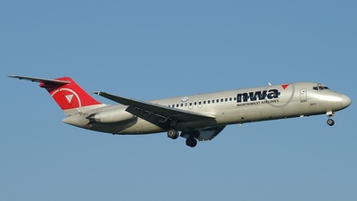 N618NW - McDonnell Douglas DC-9-32 - Northwest Airlines