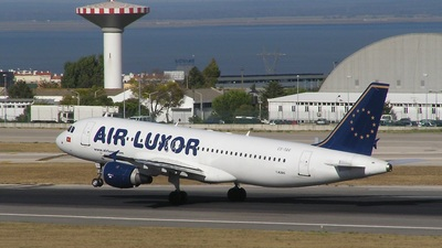 CS-TQG - Airbus A320-211 - Air Luxor