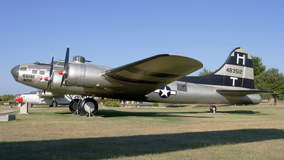 44-83512 - Boeing TB-17G Flying Fortress - United States - US Army Air Force (USAAF)