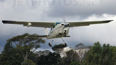N67NA - Cessna T210R Turbo Centurion II - Private