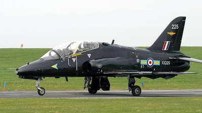 XX225 - British Aerospace Hawk T.1 - United Kingdom - Royal Air Force (RAF)