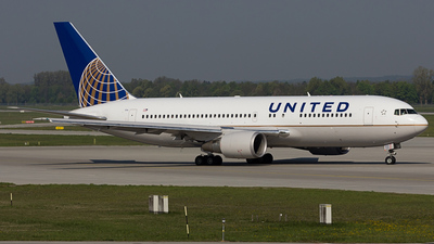 N69154 - Boeing 767-224(ER) - United Airlines (Continental Airlines)