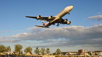 A6-ERJ - Airbus A340-541 - Emirates