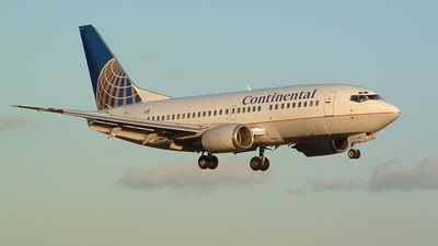 N13624 - Boeing 737-524 - Continental Airlines