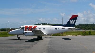 PT-TAF - Embraer EMB-110 Bandeirante - TAF Linhas Aéreas