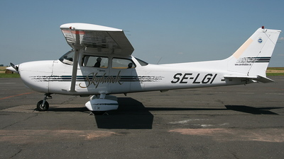 A picture of SELGI - Cessna 172R - [17280381] - © A.Piotrowiak