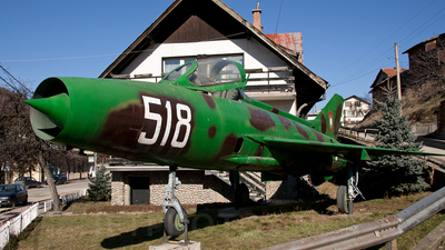 518 - Mikoyan-Gurevich MiG-21F-13 Fishbed C - Bulgaria - Air Force