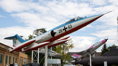 26-63 - Lockheed F-104 Starfighter - Germany - Navy