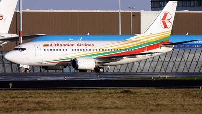 LY-AGZ - Boeing 737-524 - Lithuanian Airlines