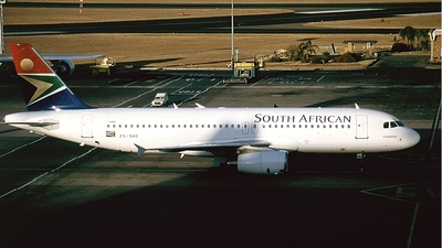 ZS-SHC - Airbus A320-231 - South African Airways