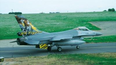 FA-122 - General Dynamics F-16AM Fighting Falcon - Belgium - Air Force