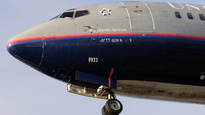 N333UA - Boeing 737-322 - United Airlines