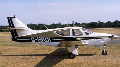 G-HROI - Rockwell Commander 112 - Private