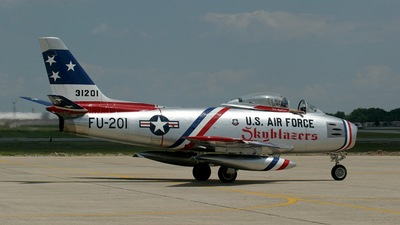NX86FR - North American F-86F Sabre - Private