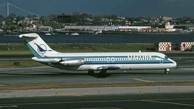 N960N - McDonnell Douglas DC-9-31 - Republic Airlines