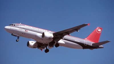 N325US - Airbus A320-211 - Northwest Airlines
