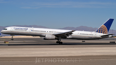 N57855 - Boeing 757-324 - Continental Airlines