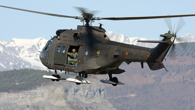 HT.27-12 - Aérospatiale AS 532UL Super Puma 2 - Spain - Army
