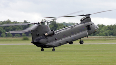 ZA670 - Boeing Chinook HC.2 - United Kingdom - Royal Air Force (RAF)