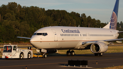 N78524 - Boeing 737-824 - Continental Airlines