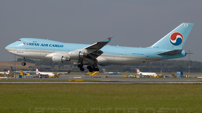 HL7438 - Boeing 747-4B5ERF - Korean Air Cargo