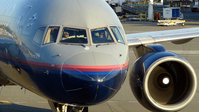N592UA - Boeing 757-222 - United Airlines