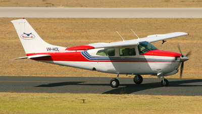 A picture of VHHOL - Cessna 210N - [21064475] - © Lachlan Brendan