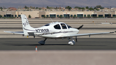 A picture of N718SR - Cirrus SR22 - [2252] - © Brad Campbell