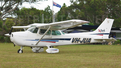 VH-JUA - Cessna 172M Skyhawk - Private