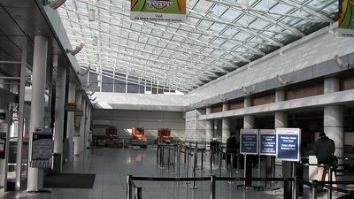 CYUL - Airport - Terminal