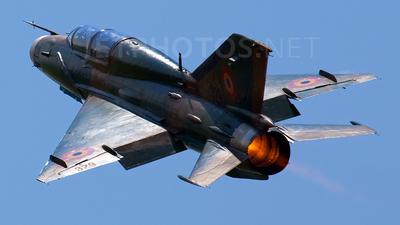 329 - Mikoyan-Gurevich MiG-21UM Lancer B - Romania - Air Force