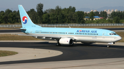 HL7558 - Boeing 737-86N - Korean Air