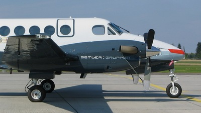 OY-BVW - Beechcraft B200 Super King Air - Private
