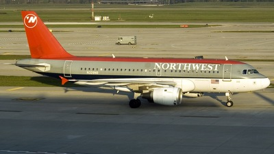 N328NB - Airbus A319-114 - Northwest Airlines