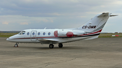 CS-DMN - Raytheon Hawker 400XP - NetJets Europe