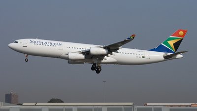 ZS-SLE - Airbus A340-212 - South African Airways