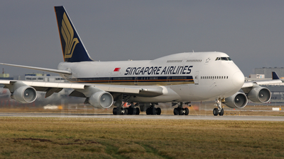 9V-SPM - Boeing 747-412 - Singapore Airlines