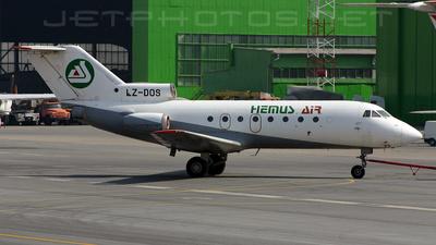 LZ-DOS - Yakovlev Yak-40 - Hemus Air