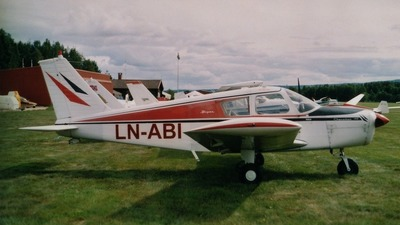 LN-ABI - Piper PA-28-140 Cherokee - Private