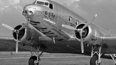 NC39165 - Douglas DC-2 - Private