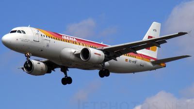 EC-HTB - Airbus A320-214 - Iberia