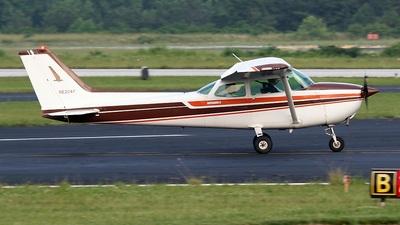 A picture of N6204F - Cessna 172N Skyhawk - [17273165] - © PeachAir