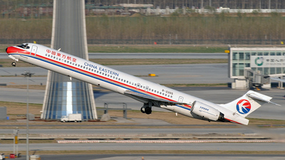 B-2265 - McDonnell Douglas MD-90-30 - China Eastern Airlines